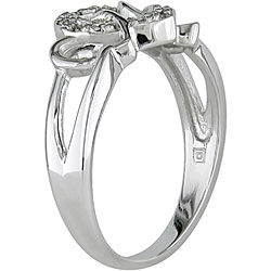 Miadora 10k White Gold 1/10ct TDW Diamond Heart Ring (I-J, I2-I3)
