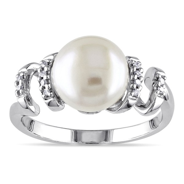 Miadora Sterling Silver FW Pearl and Diamond Ring (9-10 mm)