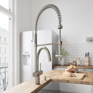 VIGO Dresden Stainless Steel Pull-Down Spray Kitchen Faucet|https://ak1.ostkcdn.com/images/products/3700069/P11762406.jpg?impolicy=medium