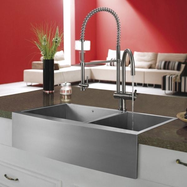 VIGO Solid Brass Stainless-Steel Pull-Down Spray Kitchen Faucet
