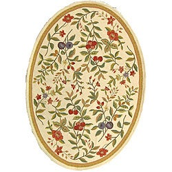 Safavieh Hand-hooked Garden Ivory Wool Rug (4'6 x 6'6 Oval)