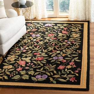 "Safavieh Hand-Hooked Garden Floral Black Wool Rug (5'3"" x 8'3"")"