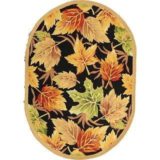 Safavieh Hand-hooked Foliage Black Wool Rug (7'6 x 9'6 Oval)