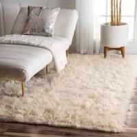nuLOOM Hand-woven Flokati Wool Shag Rug (5' x 7') - 5' x 7'