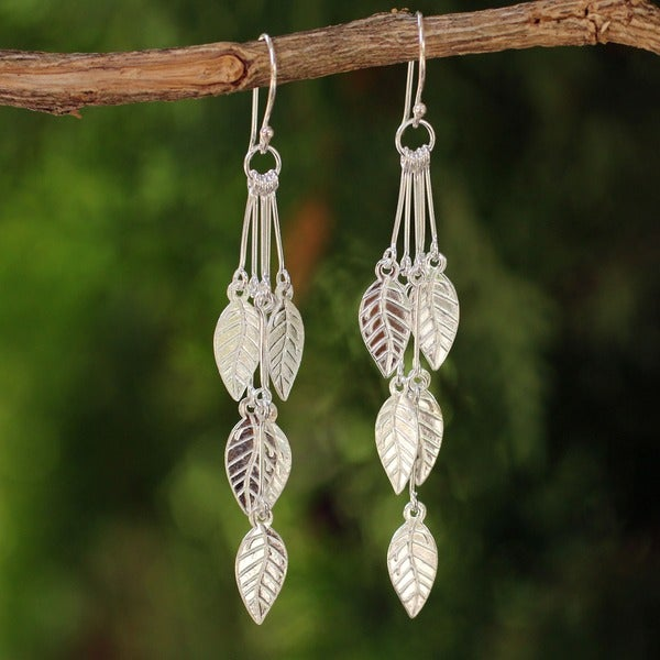 Handcrafted Sterling Silver Leaf Chimes Dangling Leaf Style Earrings (Thailand)