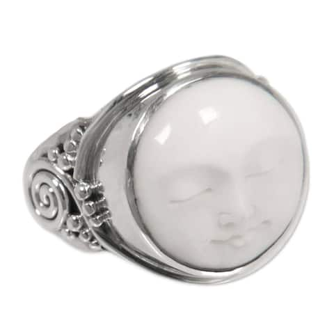 Handmade 'Face of the Moon' Sterling Silver Ring (Indonesia)