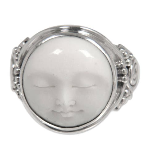 Handmade Cow Bone 'Face of the Moon' Sterling Silver Ring (Indonesia) - White