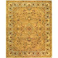 Safavieh Handmade Classic Heirloom Beige Wool Rug - 5' x 8'