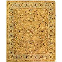 Safavieh Handmade Classic Heirloom Beige Wool Rug (8'3 x 11') - 8'3 x 11'