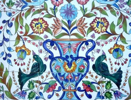 Mosaic 'Floral' 32-tile Ceramic Wall Mural