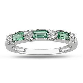 10k Gold Emerald and 1/10ct TDW Diamond Ring