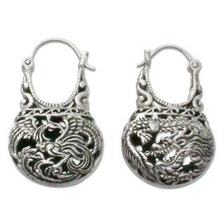 Handmade 'Eagle Legend' Filigree Hoop Earrings (Indonesia)