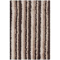 Artist's Loom Hand-woven Shag Rug (5'6 x 7'9) - 5'6 x 7'9
