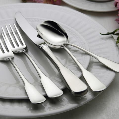 Oneida Colonial Boston Stainless Steel 45-piece Flatware Set (Service for 8)