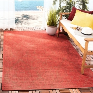 Safavieh St. Barts Damask Red Indoor/ Outdoor Rug (4' x 5'7)