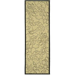Safavieh Aruba Sand/ Black Indoor/ Outdoor Runner (2'4 x 6'7)
