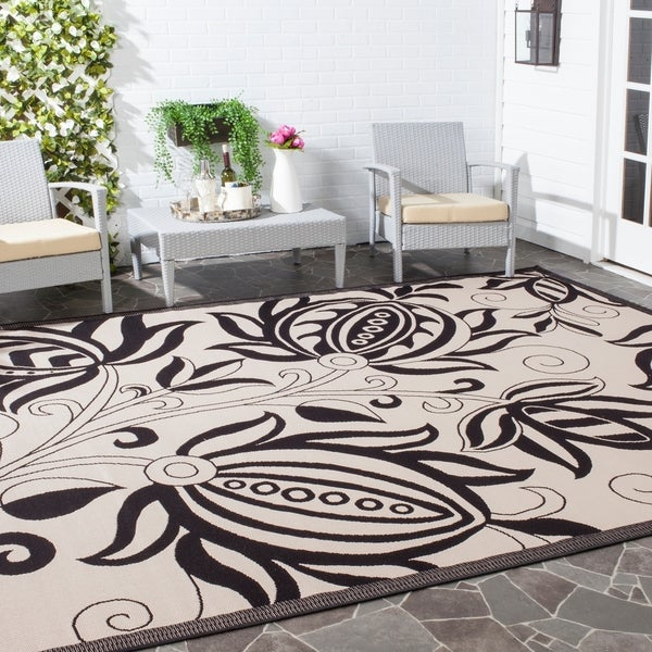 Safavieh Andros Sand/ Black Indoor/ Outdoor Rug - 8' X 11'