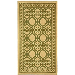 Safavieh Indoor/ Outdoor Tropics Natural/ Olive Rug (2' x 3'7)