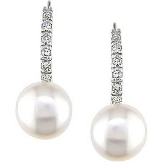 Miadora 10k White Gold Cultured Freshwater Pearl and 1/10ct TDW Diamond Earrings (8-9 mm)
