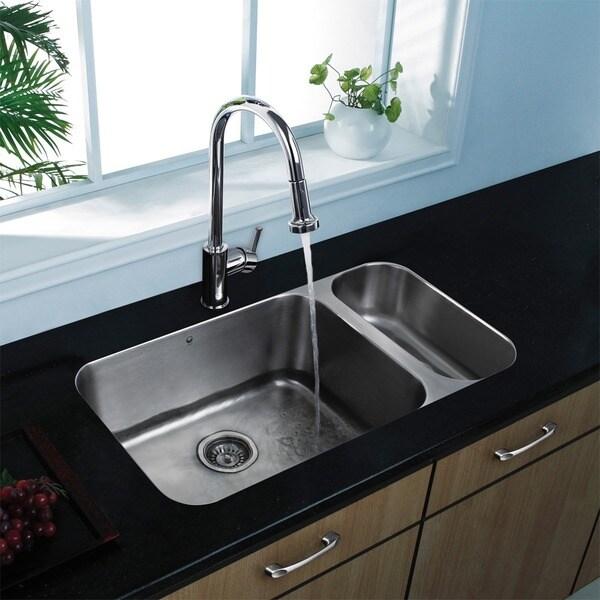 VIGO Chrome Pull-Out Spray Single-Lever Kitchen Faucet