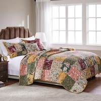 Greenland Home Antique Chic 5-piece Oversized Reversible Cotton Quilt Set
