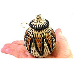 Handmade Small Woven Palm Fiber Herb Basket with Lid