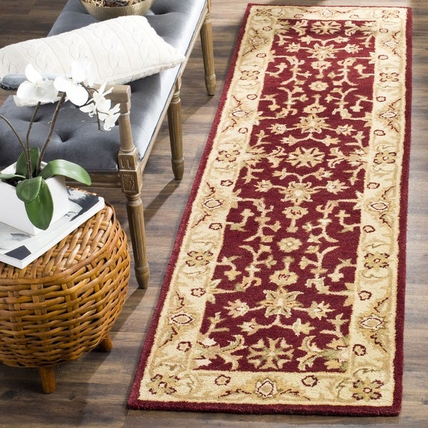 Safavieh Handmade Antiquities Jewel Red/ Ivory Wool Runner (2'3 x 14')