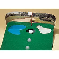 Putting Green with Electronic Ball Return (9' x 16) - Thumbnail 2