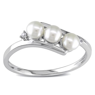 Miadora 10k White Gold Cultured Freshwater Pearl and Diamond Ring (3 mm)