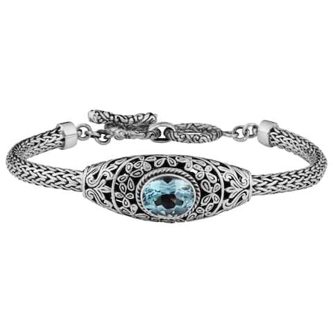 Handmade Sterling Silver Blue Topaz Cawi Toggle Bracelet (Indonesia)