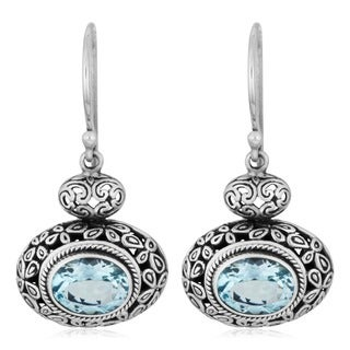 Handmade Sterling Silver Blue Topaz Cawi Dangle Earrings (Indonesia)