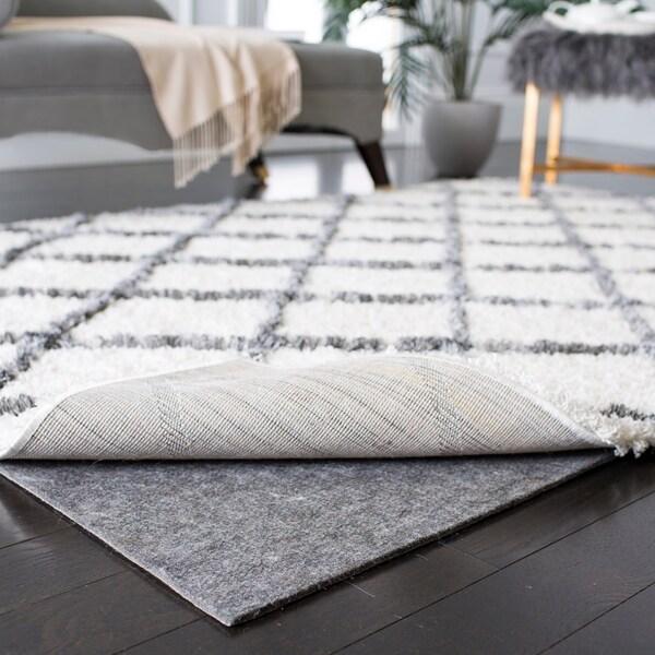 Safavieh Durable Hard Surface and Carpet Rug Pad (4' x 6') - Grey - 4' x 6'