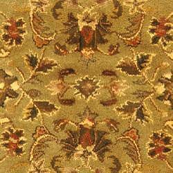 Safavieh Handmade Antiquities Kasadan Olive Green Wool Rug (4'6 x 6'6 Oval)