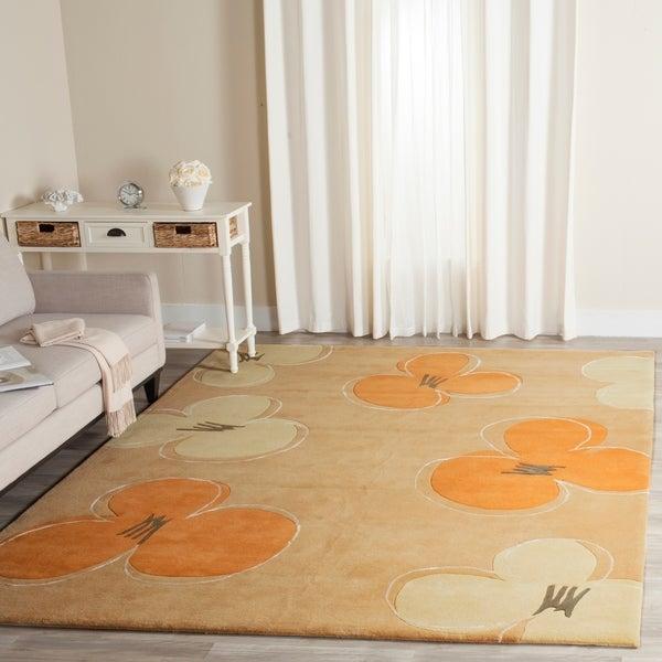 """Safavieh Handmade Soho Daisy Gold New Zealand Wool Rug - 7'6"""" x 9'6"""""""