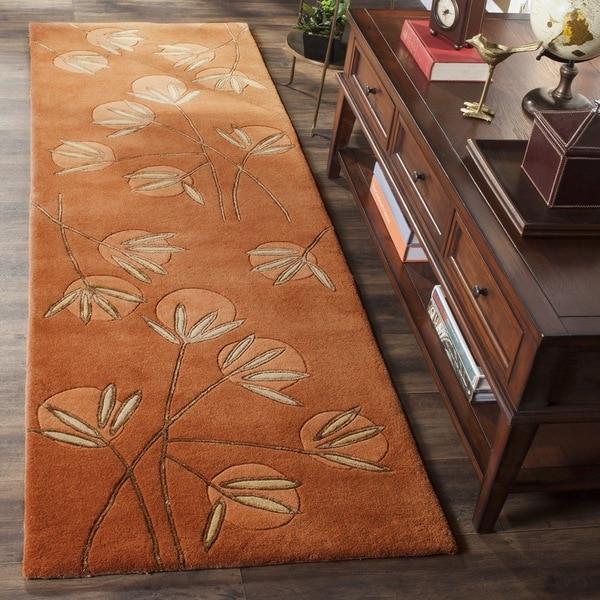 Safavieh Handmade Soho Summer Rust New Zealand Wool Runner (2'6 x 10)