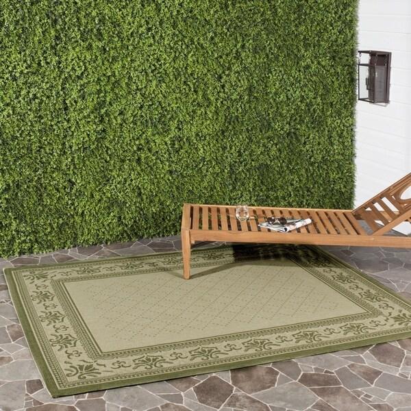 Safavieh Royal Natural/ Olive Green Indoor/ Outdoor Rug (8' x 11')