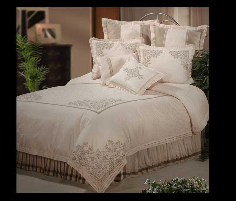 Tuscany Queen 4-piece Comforter Set