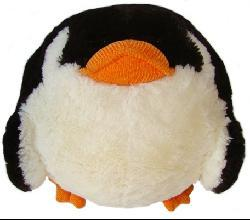 American Mills 7-inch Round Plush 'Penguin' Pillow - Thumbnail 1