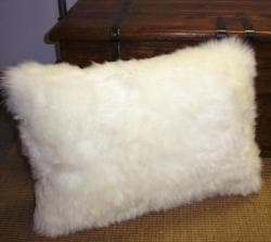 Bowron Natural White Sheepskin Pillows (Set of 2) - Thumbnail 2