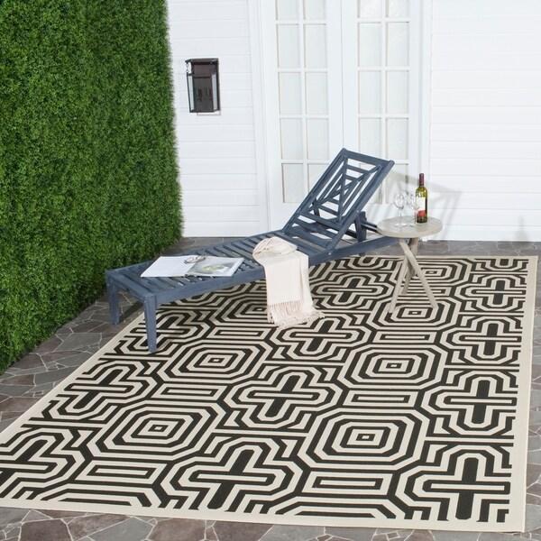 Safavieh Matrix Sand/ Black Indoor/ Outdoor Rug - 8' x 11'