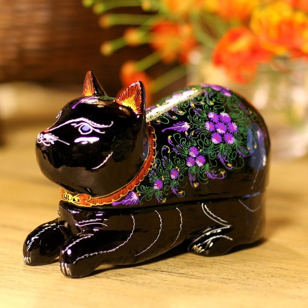 Lacquered 'Blue-eyed Kitty Cat' Wood Box  , Handmade in Thailand