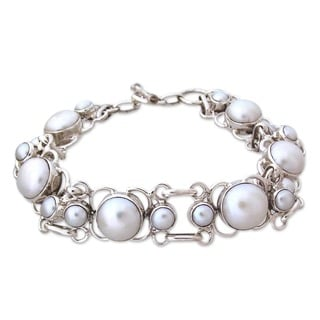 Clarity Perfect Bridal Fluid Toggle Clasp Round White Freshwater Pearls 925 Sterling Silver Modern Womens Link Bracelet (India)