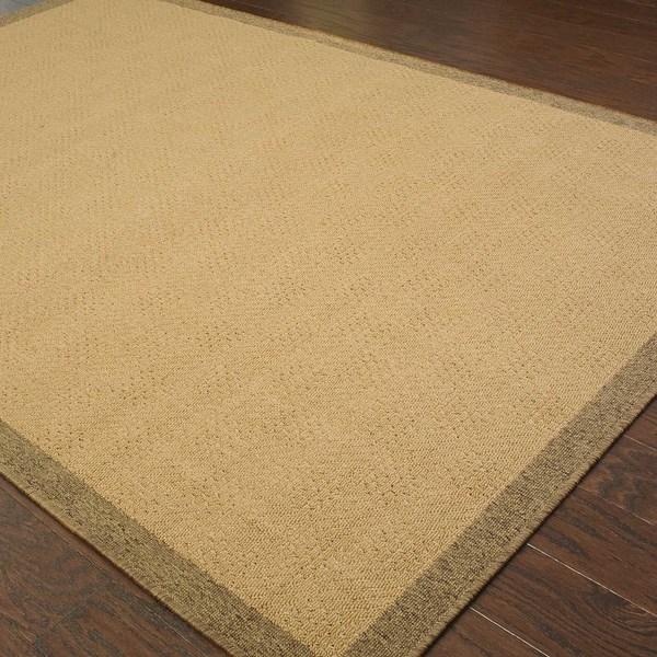 StyleHaven Borders Beige/Brown Indoor-Outdoor Area Rug (7'3x10'6)