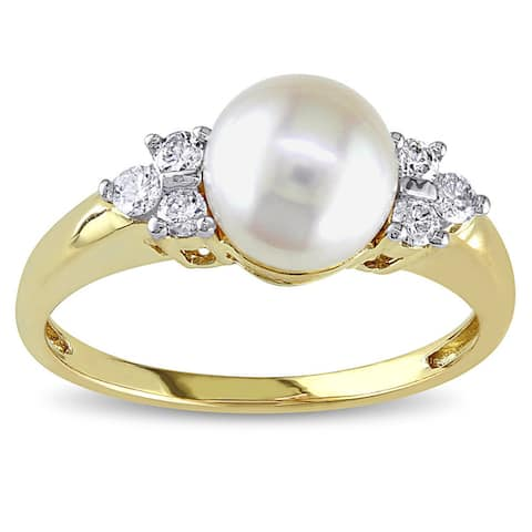Miadora 14k Yellow Gold Cultured Akoya Pearl and 1/5ct TDW Diamond Ring