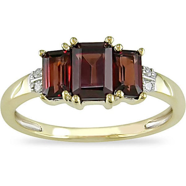 Miadora 10k Yellow Gold Garnet and Diamond 3-stone Ring