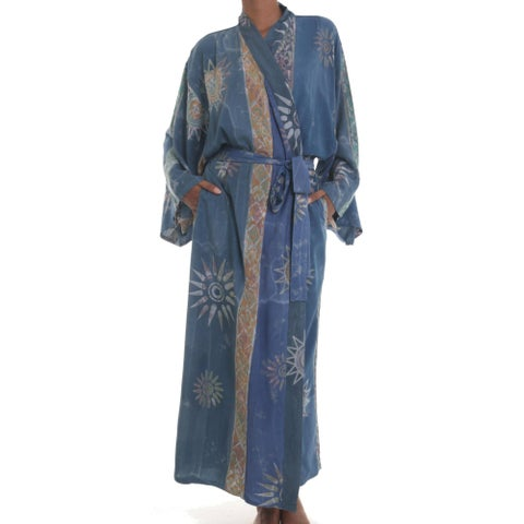 Handmade Women's Batik 'Midnight In Blue' Robe (Indonesia)