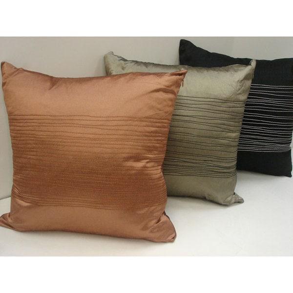Sherry Kline 18-inch Taffeta Throw Pillows (Set of 2)