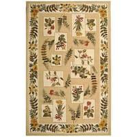 Safavieh Hand-hooked Garden Ivory Wool Rug - 6' x 9'