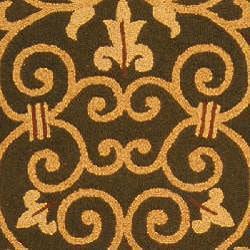 Safavieh Hand-hooked Iron Gate Light Green Wool Runner (2'6 x 6') - Thumbnail 2