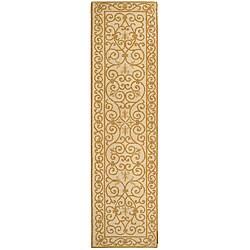 Safavieh Hand-hooked Iron Gate Ivory/ Gold Wool Runner (2'6 x 8')